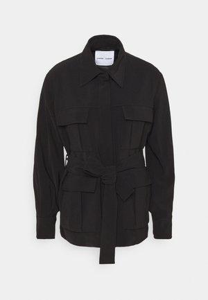 CITRINE - Lehká bunda - black
