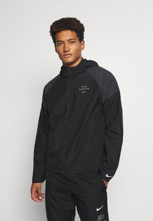 NIKE RUN DIVISION FLASH - Løperjakke - black/silver