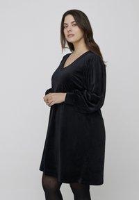 Zizzi - Jersey dress - black - 0