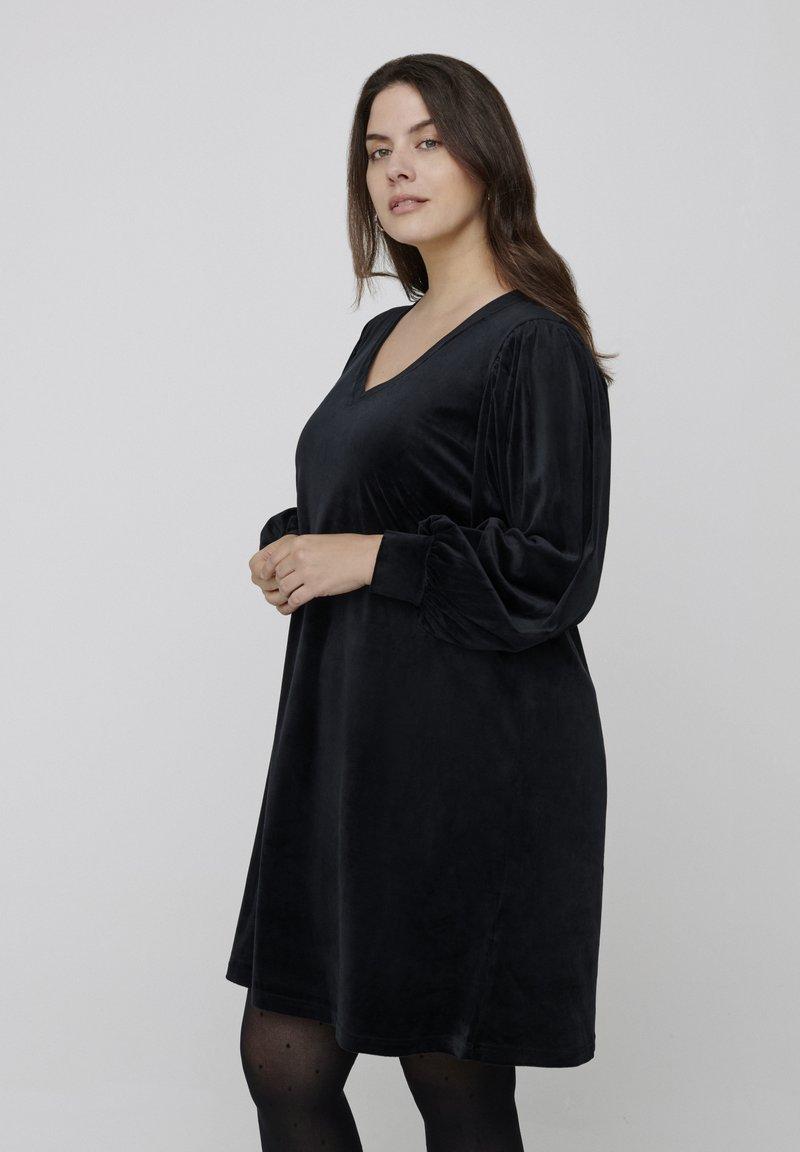 Zizzi - Jersey dress - black