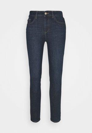 FLORENCE ANKLE MID RISE - Skinny džíny - indigo