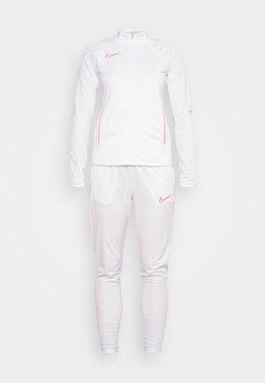 ACADEMY SUIT - Träningsset - white/bright crimson