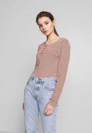 BSLIVENNE - Långärmad tröja - chutney