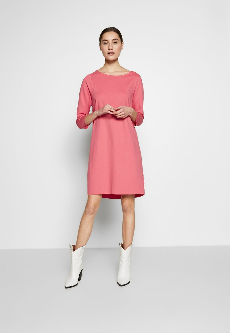 Marc O'Polo - STRAIGHT - Jersey dress - bright berry