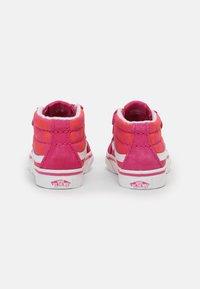 Vans - SK8-MID REISSUE - Sneakers hoog - neon animal leopard/pink - 2