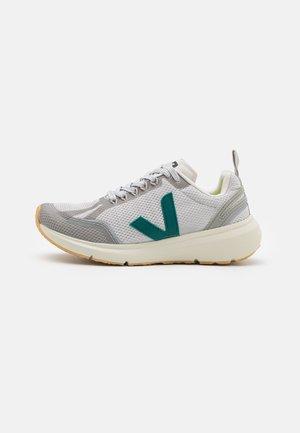 CONDOR 2 - Chaussures de running neutres - light grey/brittany