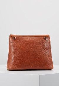 Royal RepubliQ - PURE EVENING BAG - Across body bag - cognac - 2