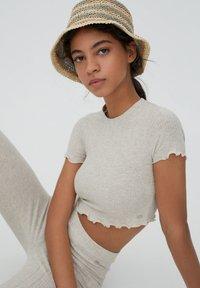 PULL&BEAR - T-shirts print - beige - 3
