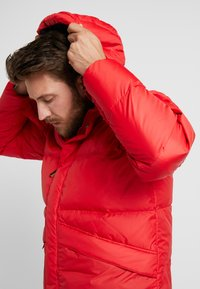 Helly Hansen - JACKET - Dunjakker - flag red - 5