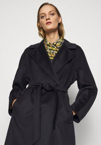 WEEKEND MaxMara - RESINA - Classic coat - navy - 3