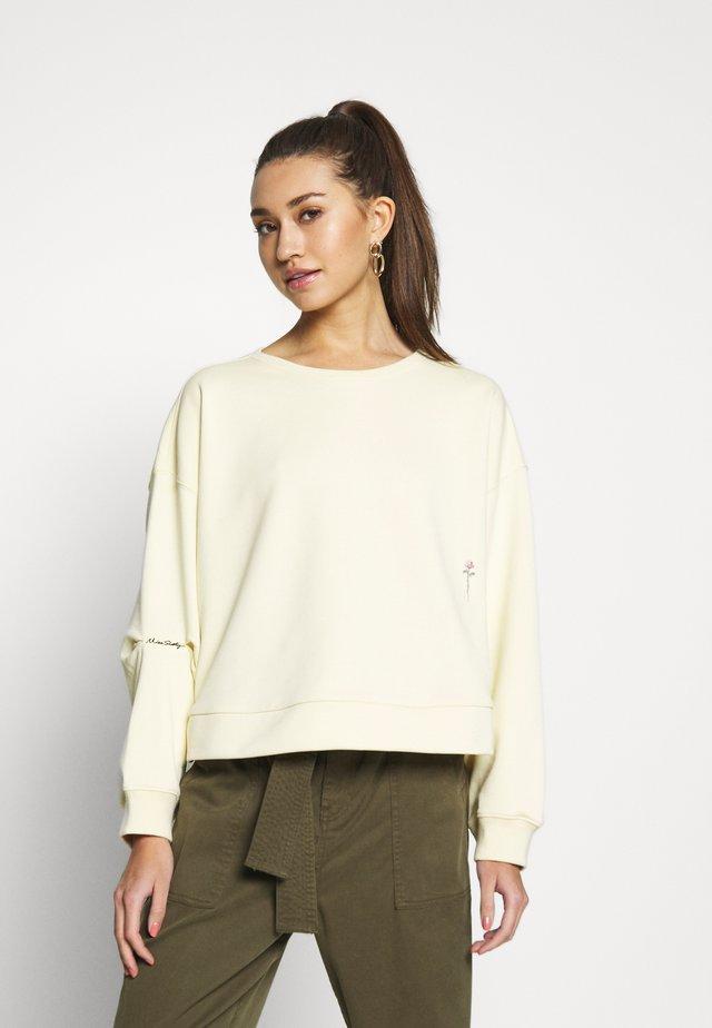 Sweatshirt - primrose