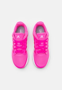 adidas Performance - GALAXY 5 - Neutrální běžecké boty - screaming pink/footwear white/grey - 3