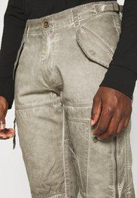 Alpha Industries - FLIGHT PANTS - Trousers - dark olive - 3