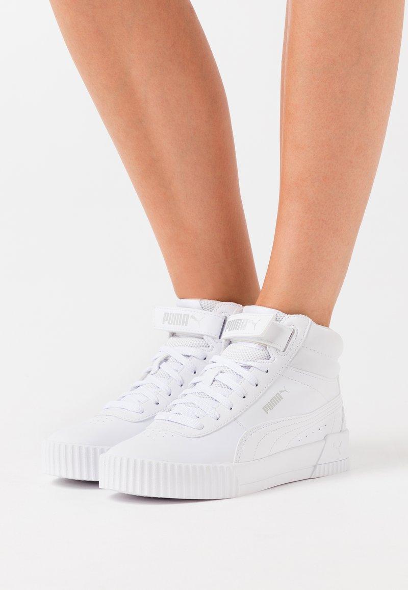 Puma - CARINA MID - High-top trainers - white