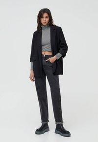 PULL&BEAR - MOM - Jeans baggy - black - 1