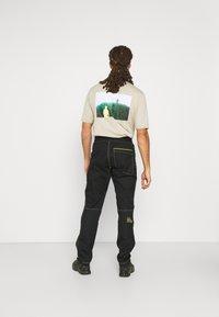 La Sportiva - ROOTS PANT  - Kalhoty - black - 2