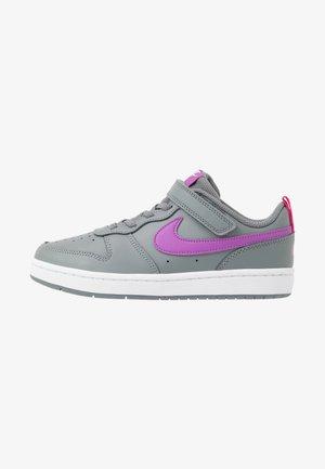 COURT BOROUGH 2 - Sneaker low - smoke grey/purple/watermelon/white