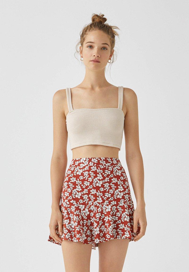 PULL&BEAR - MIT BLUMENPRINT - A-line skirt - light brown