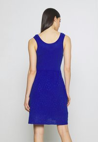 M Missoni - SLEEVES DRESS - Strikkjoler - blue - 2