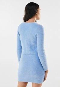 Bershka - MIT SCHLEIFE - Cardigan - light blue - 2