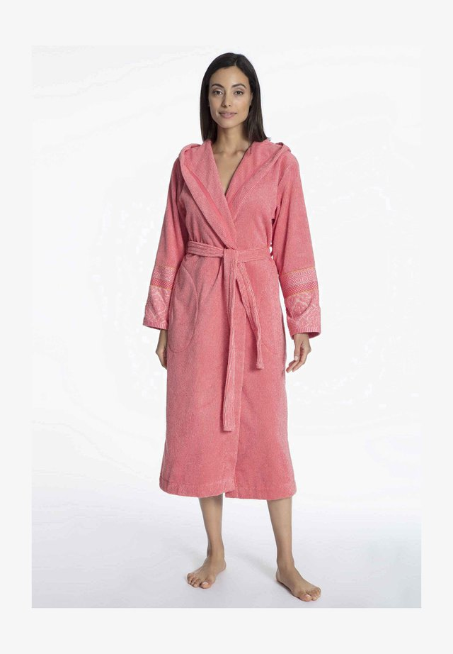 Dressing gown - coral