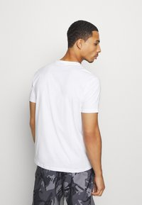 Champion - LEGACY CREW NECK 2 PACK - T-shirt basic - white/navy - 2