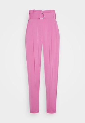 CARROT LEG PANT - Pantalones - sherbet
