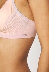 Sloggi - BODY ADAPT BRA - T-shirt bra - light combination - 4
