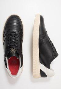 Scotch & Soda - BRILLIANT - Sneakersy niskie - black - 1