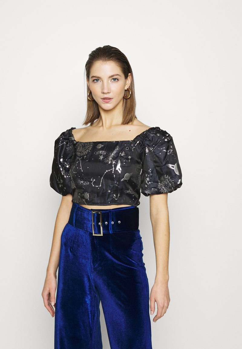 Missguided - COSTELLO ASTRO PUFF SLEVE CROP - Print T-shirt - navy