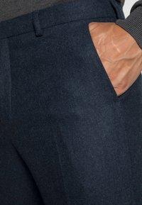 Shelby & Sons - BEMBRIDGE TROUSER - Pantalones - navy - 4