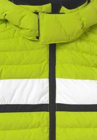 Reima - ALKHORNET UNISEX - Snowboardová bunda - lime green - 3