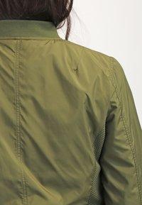 Urban Classics - Bomber Jacket - olive - 5