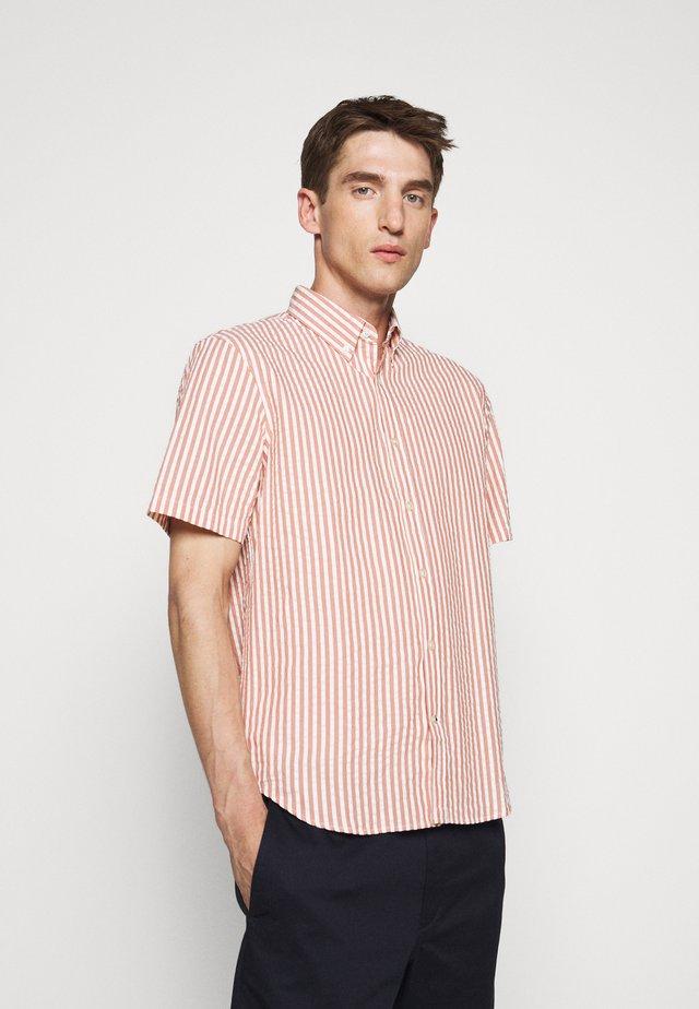 SEERSUCKER - Overhemd - red
