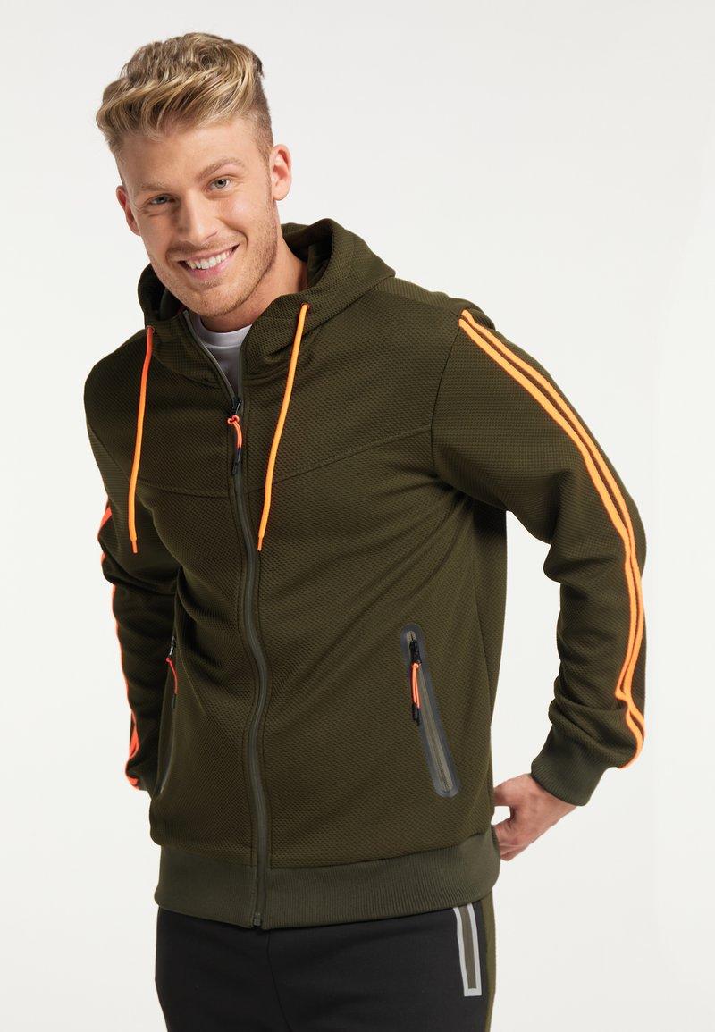 Mo - Light jacket - oliv