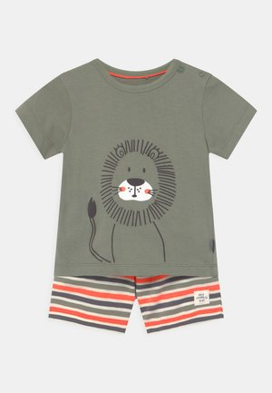 SET - Print T-shirt - khaki/orange