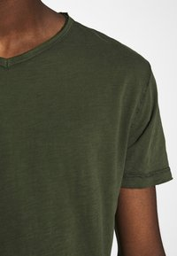 Gabba - MARCEL TEE  - Basic T-shirt - khaki - 6