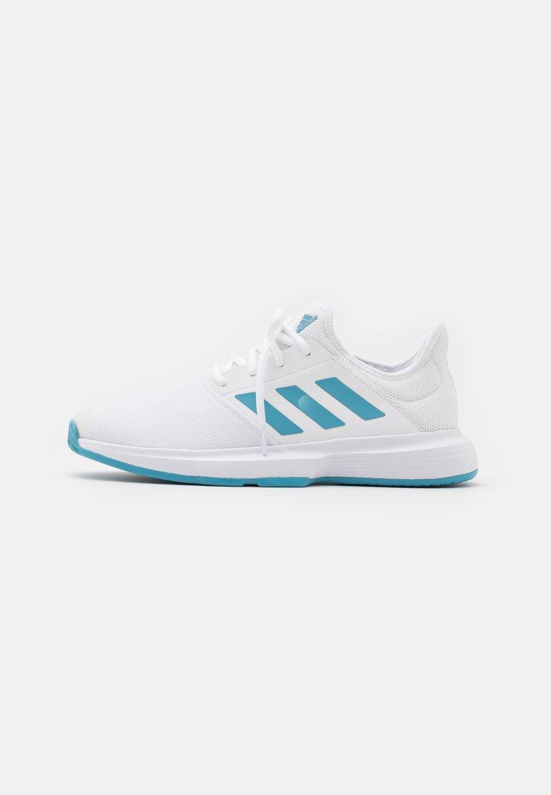 adidas Performance - GAMECOURT  - Zapatillas de tenis para todas las superficies - footwear white/haze blue/halo blue
