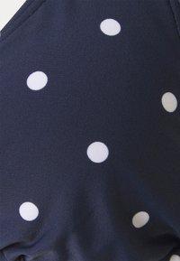 s.Oliver - TRIANGEL AUDREY - Bikini top - navy/white - 5