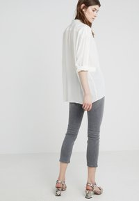 Citizens of Humanity - OLIVIA CROP HIGH RISE ANKLE - Jeans Straight Leg - granite - 2