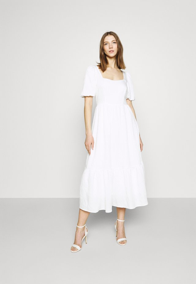 STRUCTURED VOLUME MIDI DRESS - Długa sukienka - white