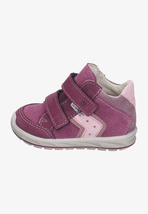 KIMO - Vauvan kengät - fuchsia