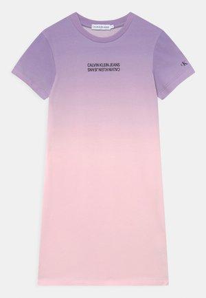 GRADIENT LOGO DRESS - Jersey dress - pink