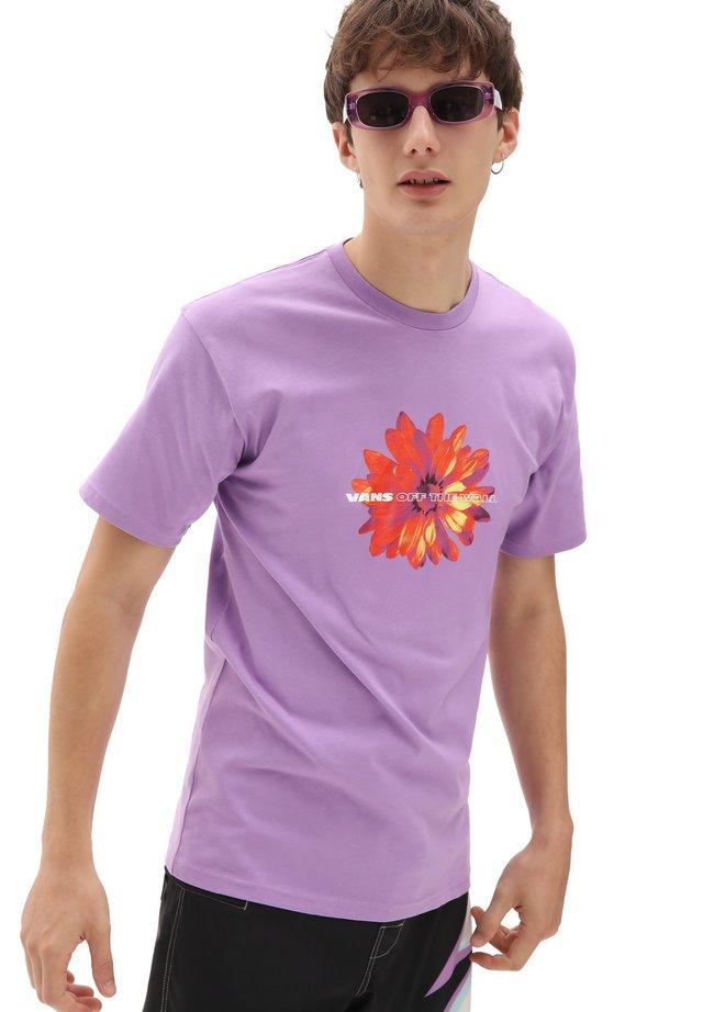 MN BLOOMING SS - Print T-shirt - english lavender