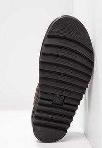 Dr. Martens - VOSS - Platform sandals - charro brando - 6