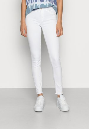 ONLBLUSH RAW - Jeans Skinny Fit - white
