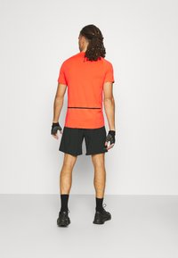 4F - Men's training shorts - Sports shorts - black - 2