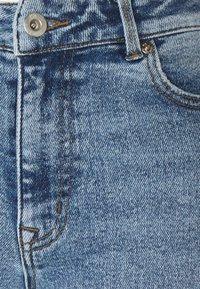 ONLY Tall - ONLERICA LIFE - Jeans straight leg - light blue denim - 2