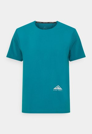 TRAIL RISE - T-shirts print - bright spruce