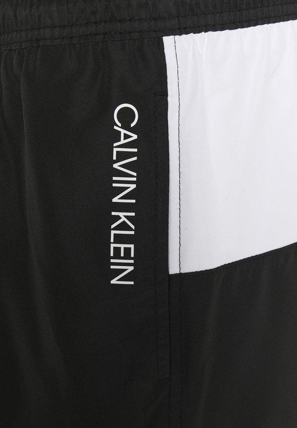 Calvin Klein Swimwear CORE PLACED LOGO MEDIUM DRAWSTRING - Szorty kąpielowe - black/white/czarny Odzież Męska MQRR